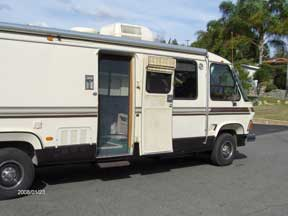 Plisse Retractable Screen in Use on the Templeton's Motorhome