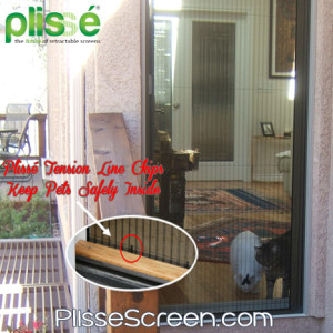 Plisse's cat-proof retractable screen door